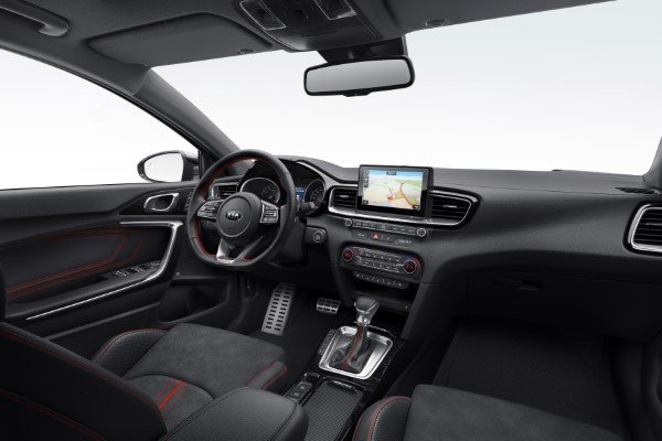 kia_pressrelease_2018_PRESS-HIGHRES_ceedGT_interior.jpg