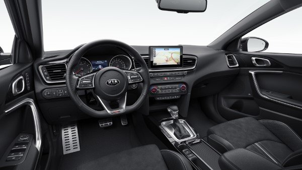 kia_pressrelease_2018_PRESS_1920x1080_ceedGTL_int_white.jpg